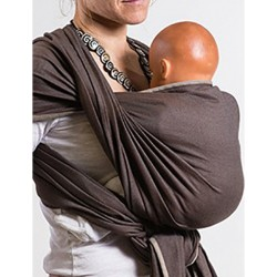 L'écharpe porte bébé
